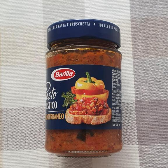ajouter le  legumesau beurre, pesto et pâtes
